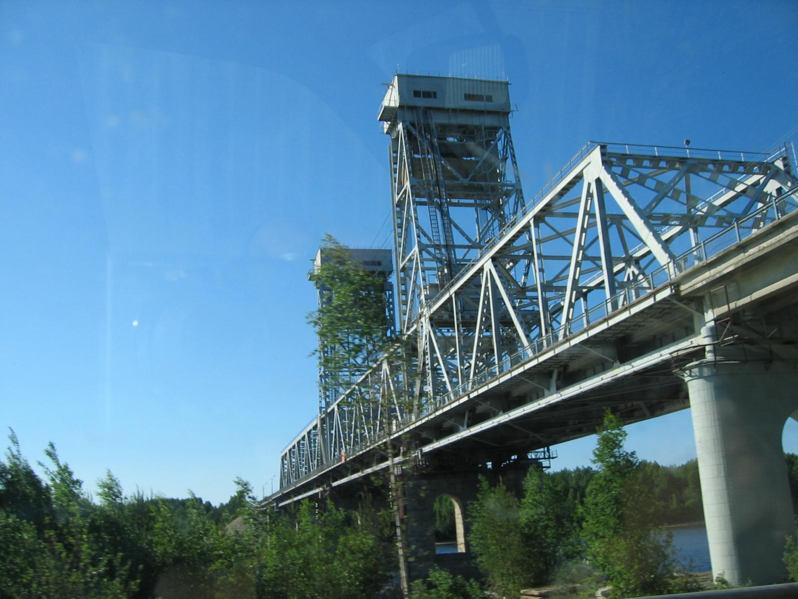 Мост через реку Свирь