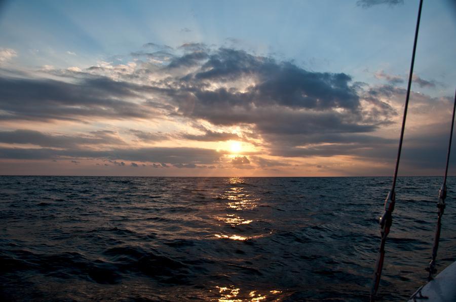 Черное море, закат с яхты